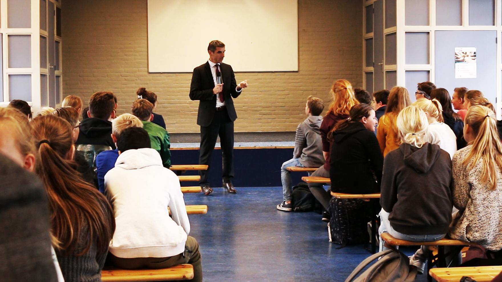 Staatssecretaris op bezoek in Arnhem