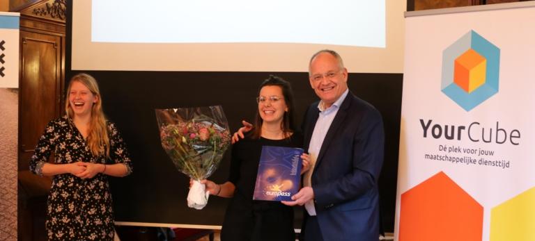 PERSBERICHT: Amsterdamse Sophie (23) ontvangt eerste Europass MDT